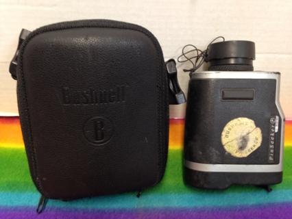 L330 BUSHNELL GOLF PIN SEEKER BINOCULARS  PinSeeker 1500