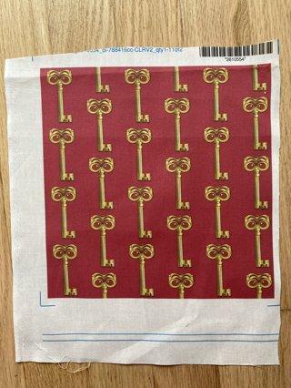 5 Printed Cotton Squares - Key Design