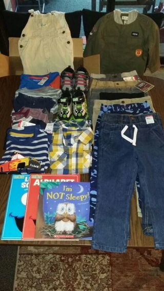 MEGA CLOTHING, SHOES, BOOKS, ALMOST EVERYTHING IS BRAND NEW -} PLEASE READ DESCRIPTION + 2 RINGS