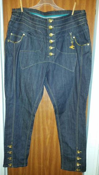 Free: Gorgeousssss Brand New Plus Size Apple Bottom Jeans ($125