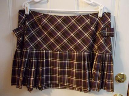 Junior's Size 17 Plaid Skirt by No Boundaries