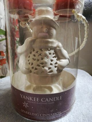 YANKEE SNOWMAN CANDLE=FREE SHIPPING