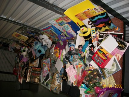MASSIVE 1,000 PIECE LOT! Items Over $1,000 GOODS Misc-1 LUCKY WINNER HUGE Lot ITEMS STUFF NEW Things
