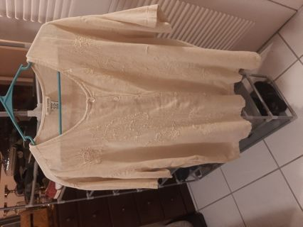 Plus size 22 to 24 very nice cotton blouse