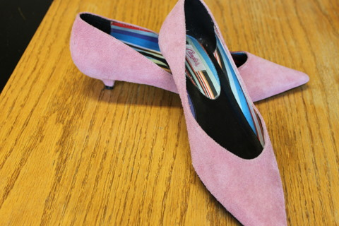 Candie's Pink Suede Leather Size 8 Flats / Shoe
