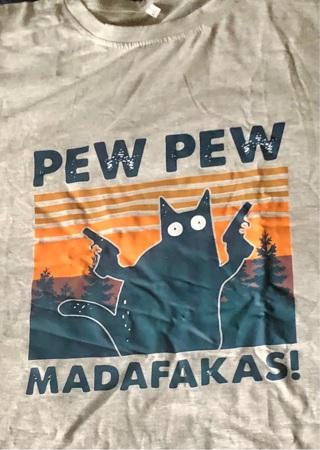 """Brand New: Lt Gray, 4X, Fun, Killer Cat """"PEW PEW. MADAFAKAS!"""" T - Shirt. Black Cat w/ 2 Guns. Cute!"""