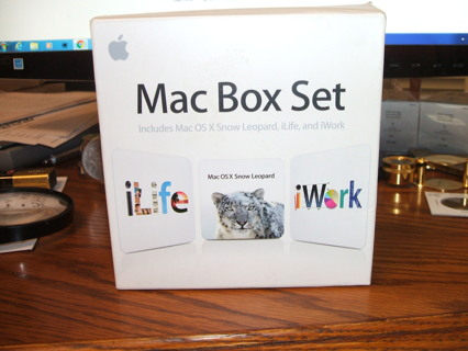 Mac Box Set Retail V10.6 includes Snow Leopard, iLife, iWork