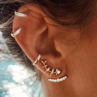 4 Pcs/Set Women Fashion Exaggerated Fish Bone Earrings Set Geometric Round Gold Ear Clip Ladies