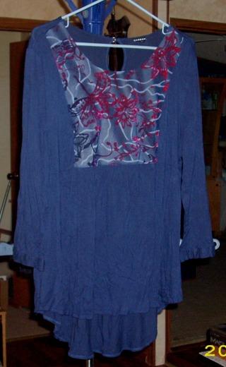 Hannah (XL) ... Navy w/Red Velvet Long-Sleeve