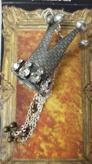 Craft Room Clean Out - Steampunk - Crown Finding  DON'T MISS OUT!!!