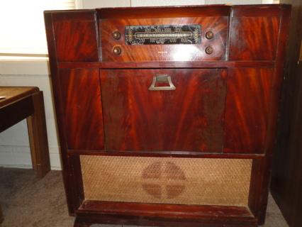 Free 1948 ANTIQUE PHILCO MODEL48 1282 RADIO PHONOGRAPH MAHOGANY