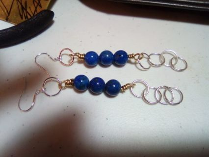 Earrings with lapus beads