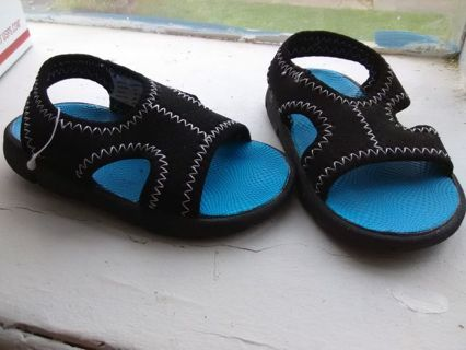 NEW Boys Garanimals Sandals