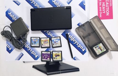 NINTENDO DS lite Video Game Console PLUS Accessories & Games FREE SHIPPING