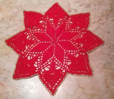 Red poinsettia doily  hand-crocheted