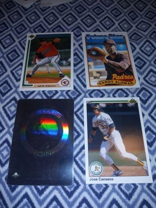 Lot of 4 baseball cards Lot A