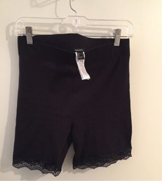 Ladies Size Large Shorts With Lace Trim