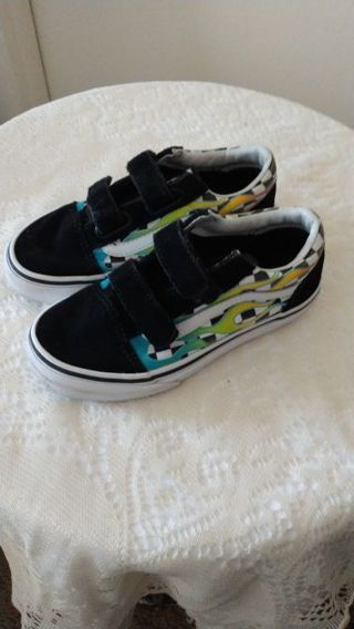 Boys sneakers by Vans Size 13 Geat condition free shipping