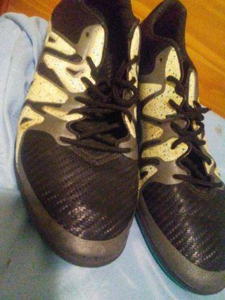 Men's size 10 US Adidas shoes