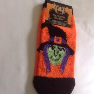 Low Cut Soft Pair of Halloween Socks Size 5-9. #C