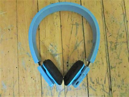 WIRELESS BLUETOOTH HEADPHONES- 10 METERS DISTANCE