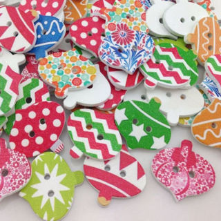 50PCs Merry Christmas Wood Buttons Sewing Mix Lots 25*24mm