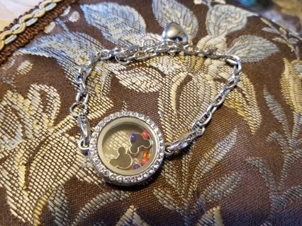 LIVING LOCKET W/2 MICKEY CHARMS & BEADS - FREE SHPG =_]