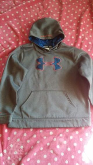 1 UNDER ARMOUR HOODIE AND 1 JACKET