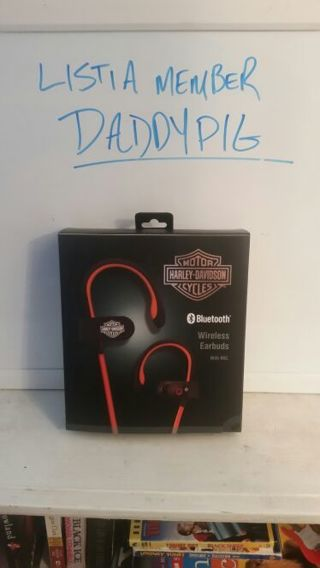 Harley Davidson Bluetooth wireless headphones with mic.