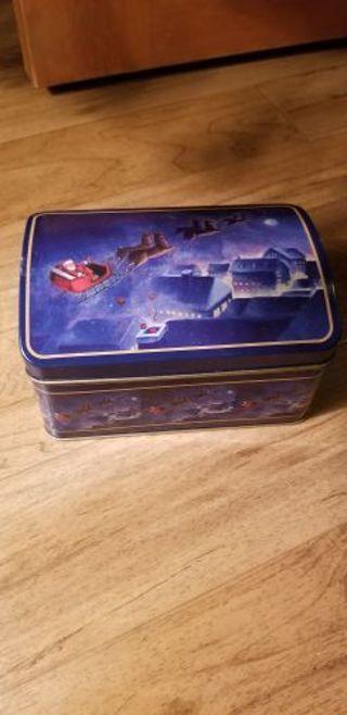 Santa tin can