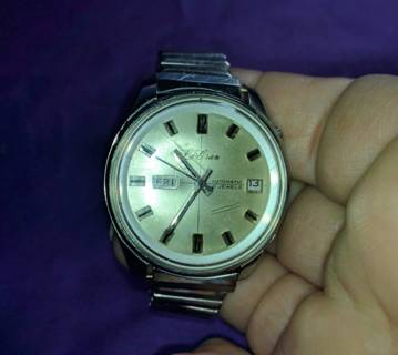 WATCH VERY COLLECTABLE 21 JEWEL PERFECT TIME KEEPER LE GRAN