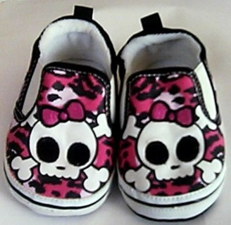 Free  Pre-owned Pink Skull Baby Shoes Size 9-12 Months - Baby ... 015b676cce59