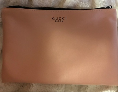 f467d1df849 Free  Gucci Bloom Makeup Bag - Makeup Tools   Accessories - Listia ...