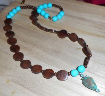 22 inch Handmade Necklace - New