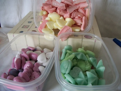 **•◕‿◕•*¨Triple Scented Handmade Soy* Tarts/melts ***•◕‿◕•**