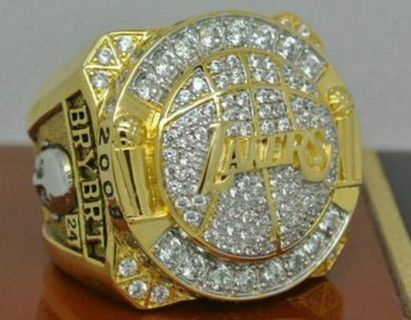 2010 Los Angeles Lakers Basketball World Championship Ring Size 11