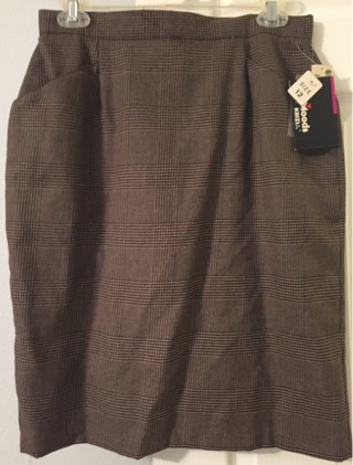 NWT Skirt With Pockets Size 12