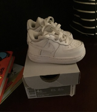 Nike Young Toddler Sneakers Size 4c