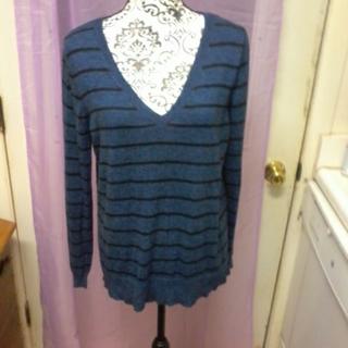 mossimo xl v -neck sweater