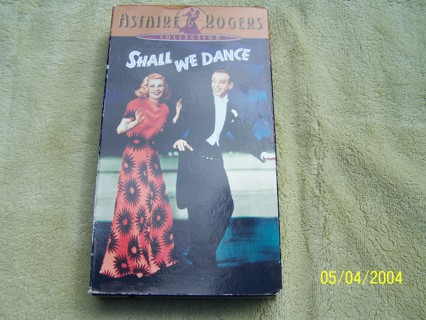 Shall We Dance VHS Astaire & Rodgers