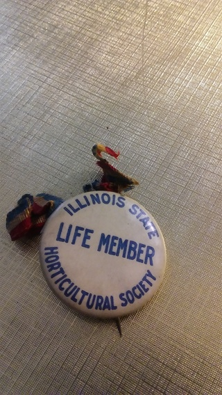 Illinois State Hort. Society Pin Back