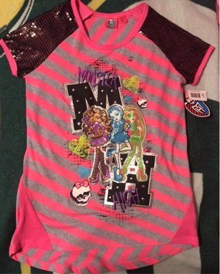 New with tags Monster High shirt