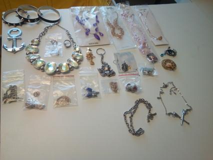 Mystery Jewelry **Bid 1**GIN 3**Seller's Pick :) READ B4 U BID/GIN