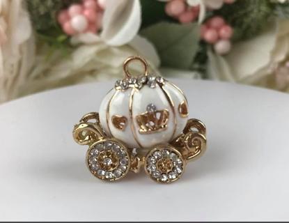 Cinderella Carriage Pumpkin Coach Pendant Fairy Tale Carriage Charm Gold White