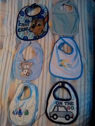6 BABY BOYS BIBS -- GREAT CONDITION!!