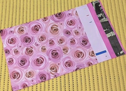 """4 PINK ROSES 14"""" x 17"""" Poly Mailers"""