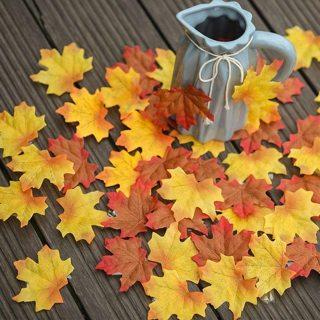 500 PCS Artificial Maple Leaves