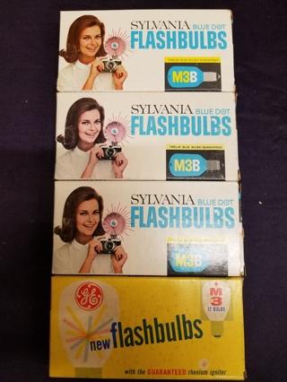NIB - Lot of 4 Boxes - Sylvania & GE M3 blue Flashbulbs - 46 total bulbs M3B