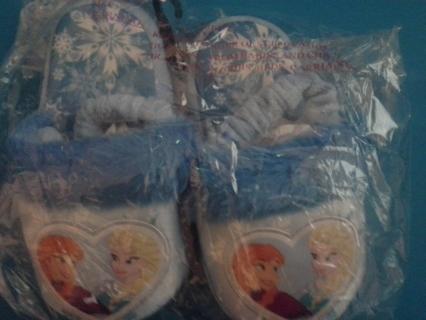 *DISNEY FROZEN* Anna & Elsa Push Faux Fur Sandal Slippers