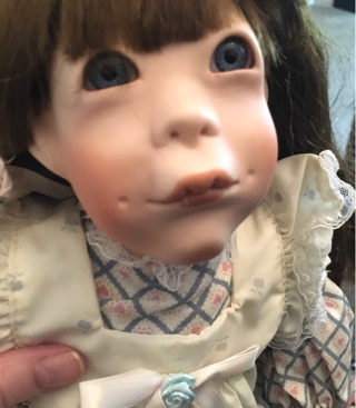 ⭐️ Collectible  —  Very Rare SEYMOUR MANN Doll, Limited to Only 5,000 Made!! ❤️ ...FREE Shipping!